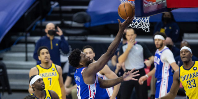Joel Embiid to undergo MRI after going down with knee injury