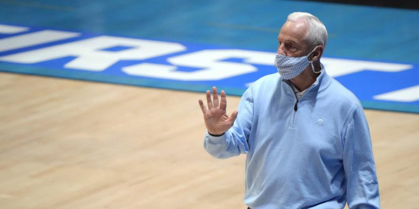 North Carolina head coach Roy Williams to retire from coaching