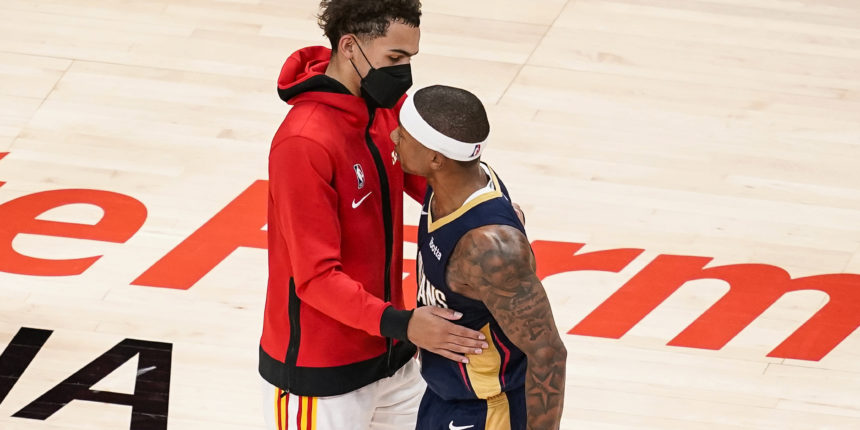 Isaiah Thomas makes Pelicans debut, scores 10 points in loss vs. Hawks