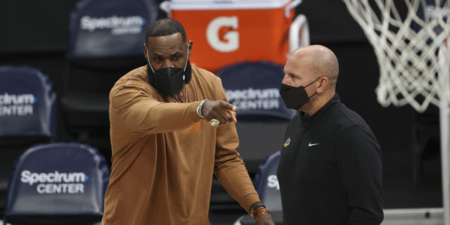LeBron James progressing in recovery as Anthony Davis nears return