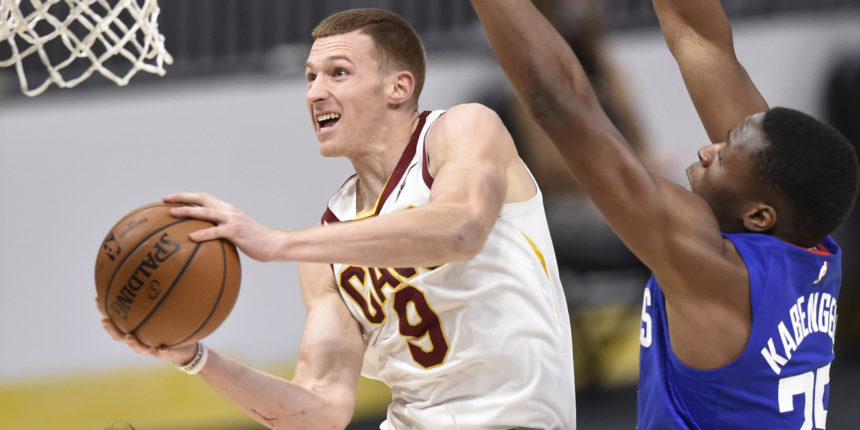 Cavaliers' Dylan Windler has knee surgery, out indefinitely
