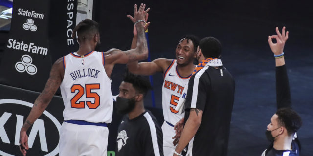 Knicks beat Hawks 122-119, win streak at NBA-best 8 games