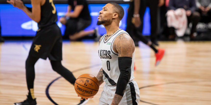 Damian Lillard preaching patience to Blazers: 'We've got to stay with it'