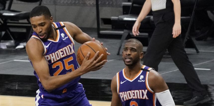 Suns rout short-handed Spurs 140-103, keep hope for top seed in West