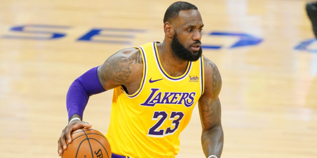 Everything you need to know ahead of Lakers-Warriors play-in game