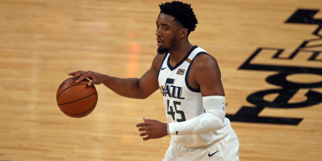 Donovan Mitchell scores 29 points, Jazz beat Grizzlies for 2-1 lead