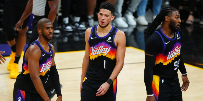 NBA title odds: Who's the favorite? Who's the best dark horse?