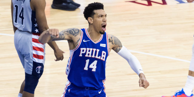 76ers' Danny Green out 2-3 weeks with calf strain