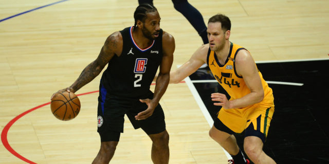 Kawhi Leonard, Paul George each score 31 as Clippers tie series with Jazz