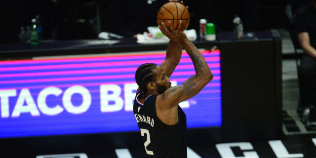 Kawhi Leonard 'highly unlikely' to travel with Clippers for Game 5