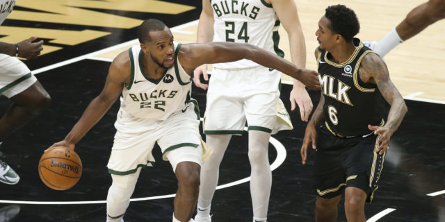 Giannis Antetokounmpo's injury makes Bucks' title quest much tougher