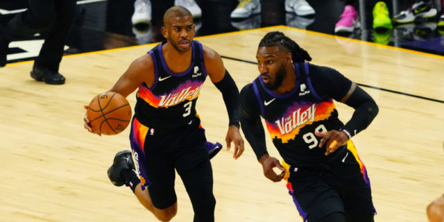 Suns-Bucks Notebook: 30-somethings abound in NBA Finals