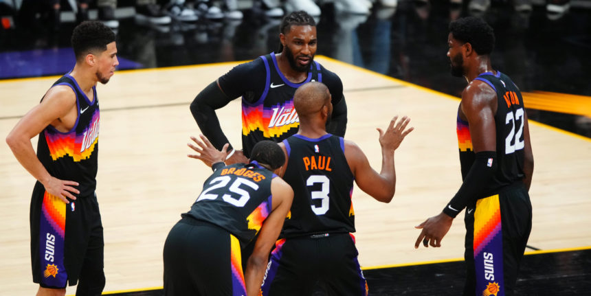 Depth, shooting, unselfishness on display in Suns' Game 2 win
