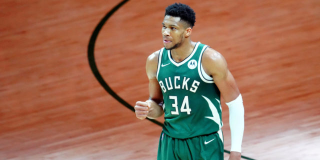 Superman 2.0: Giannis Antetokounmpo is the modern Shaquille O'Neal