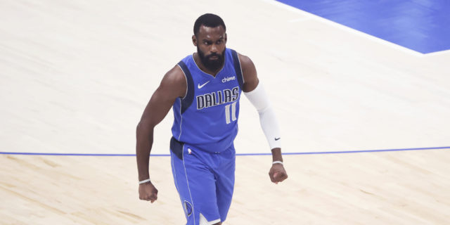 Tim Hardaway Jr. agrees to re-sign with Dallas on 4-year, $74 million deal