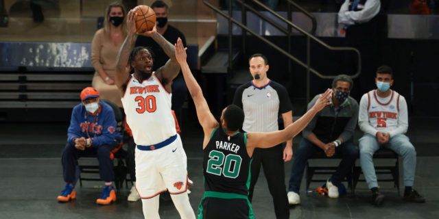 Julius Randle agrees to 4-year extension worth $117 million with Knicks