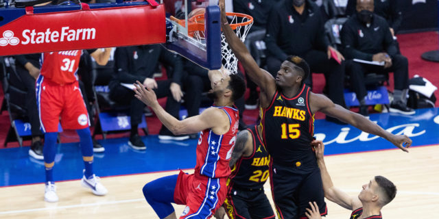 Clint Capela, Hawks agree to two-year, $46 million extension