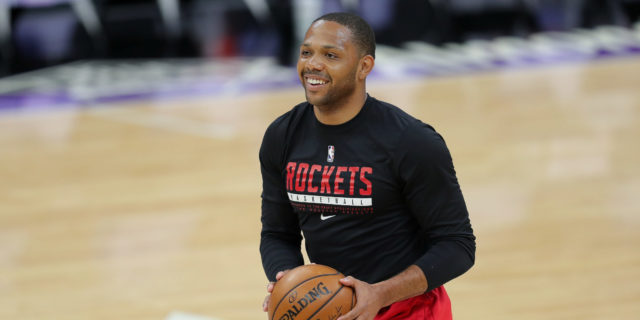 Eric Gordon open to, but has not requested, a trade from Houston