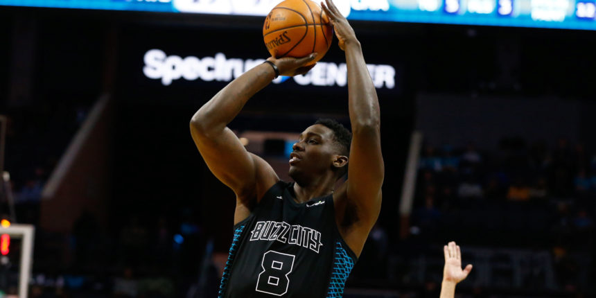 Bucks sign C/F Johnny O'Bryant to training camp deal
