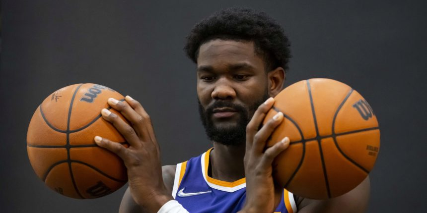 Suns need to send the right message and give Deandre Ayton the max