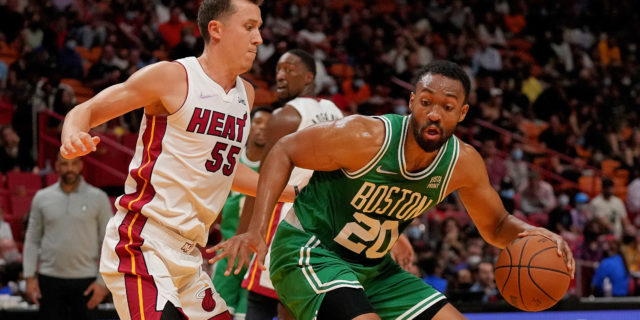 Jabari Parker re-signs with Celtics on new deal