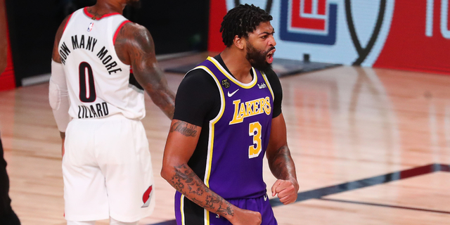 Anthony Davis wanted to wait and see Lakers' changes