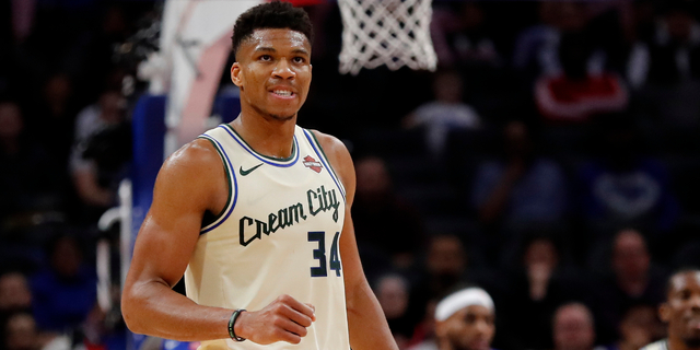 Giannis Antetokounmpo signs 5-year supermax extension with Bucks