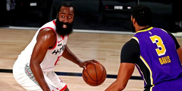 Rockets dominate Lakers, take Game 1