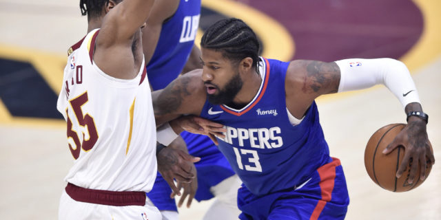 Clippers' Ty Lue 'not sure' when Paul George (toe) will return