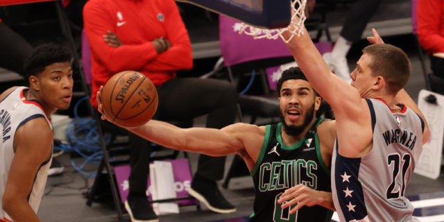 Jayson Tatum says COVID-19 has 'messed with his breathing a bit'