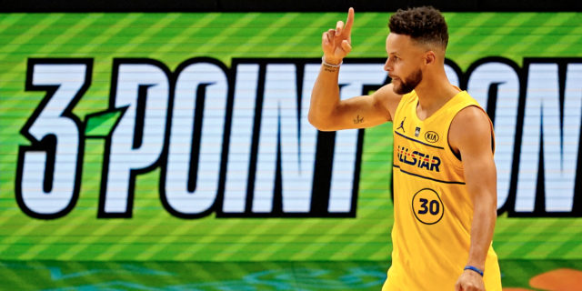 Stephen Curry wins 2021 Mountain Dew 3-Point Contest