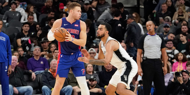 Griffin, Rose don't attend Pistons workouts