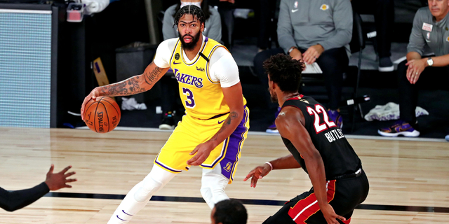 Lakers' AD asked to guard Butler in Game 4