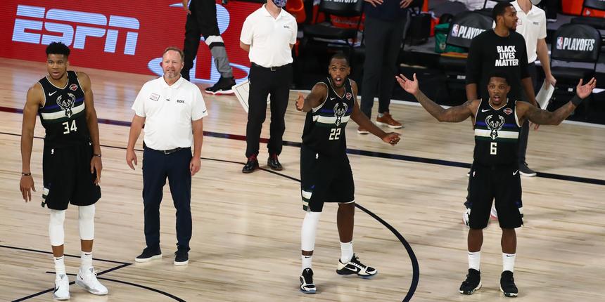 Will Milwaukee Bucks trade Khris Middleton, Eric Bledsoe this offseason?