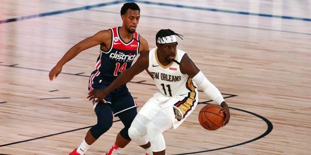 Pelicans' Jrue Holiday available in trades