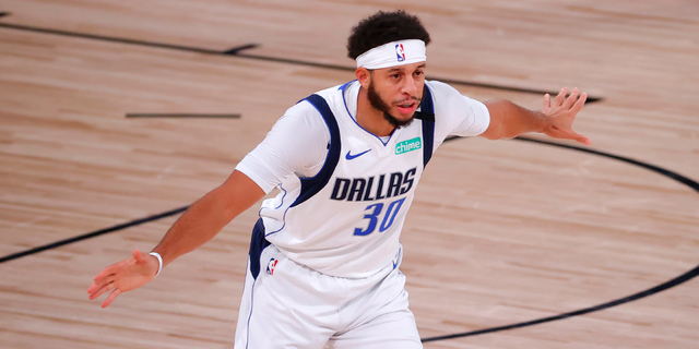 Sixers send Josh Richardson to Dallas for Seth Curry